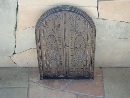 H0311 - Чугунная дверца двухстворчатая АЖУРНАЯ
